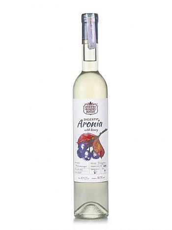 Aronia digestif with honey